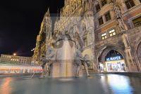 Fischbrunnen Muenchen Marienplatz - Fotoagentur Sofianos Wagner Muenchen