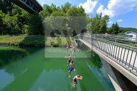 AZ Reportage- Münchner Stadtteile - Harlaching- Isar - Großhesseloher Brücke