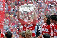 Bastian Schweinsteiger - FC Bayern Muenchen - Deutsche Meisterschaft 2008 - Fotoagentur Sofianos Wagner